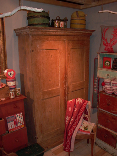 antiques and more » all objects
