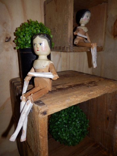 old historical and replica dolls, valley of Grödner, Italy, 19th/20th/21th century - #20255